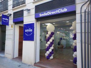 La marca líder en teleodontología SmileDirectClub estrena tienda Valencia